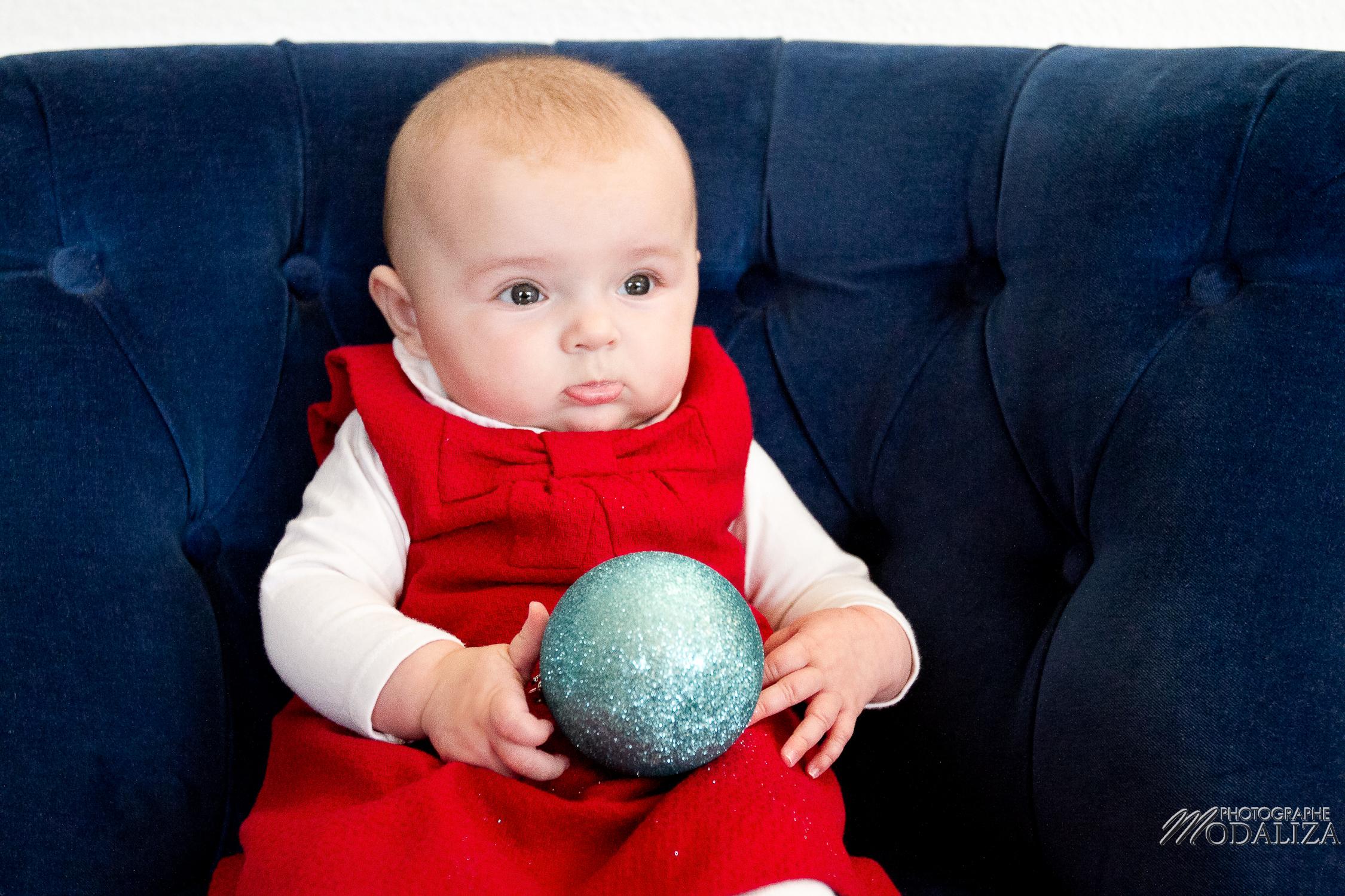 photo famille bébé petite fille robe rouge noel fêtes bordeaux aquitaine by modaliza photographe-2213