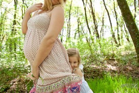 séance photo grossesse exterieur foret campagne fille grande soeur future maman attend bébé ventre rond bordeaux merignac gironde by modaliza photographe-7368