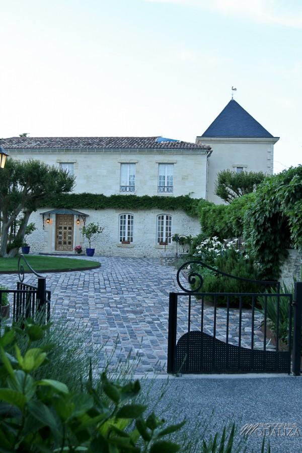 photo mariage domaine de larchey capdevielle decoration blanc bleu gironde by modaliza-43