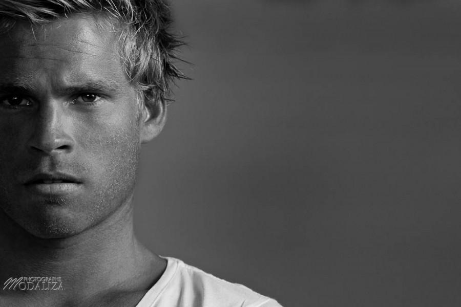 photo book mannequin homme blond portrait studio pierre vip models by modaliza photographe-3