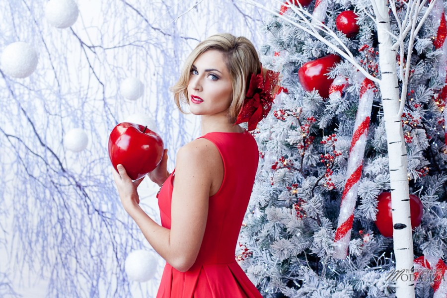 photo mode fashion woman noel christmas blanc rouge white red lips apple suany makeup blanche neige wnow white truffaut merignac bordeaux gironde by modaliza photographe-9966