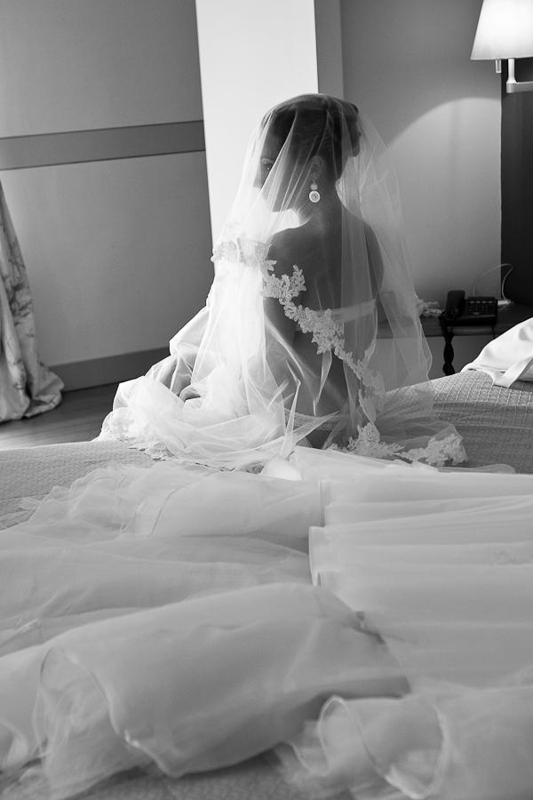photo mariage préparatifs mariée coiffure hair boudoir lingerie bordeaux chateau grattequina gironde aquitaine romantic chic rose by modaliza photographe-153