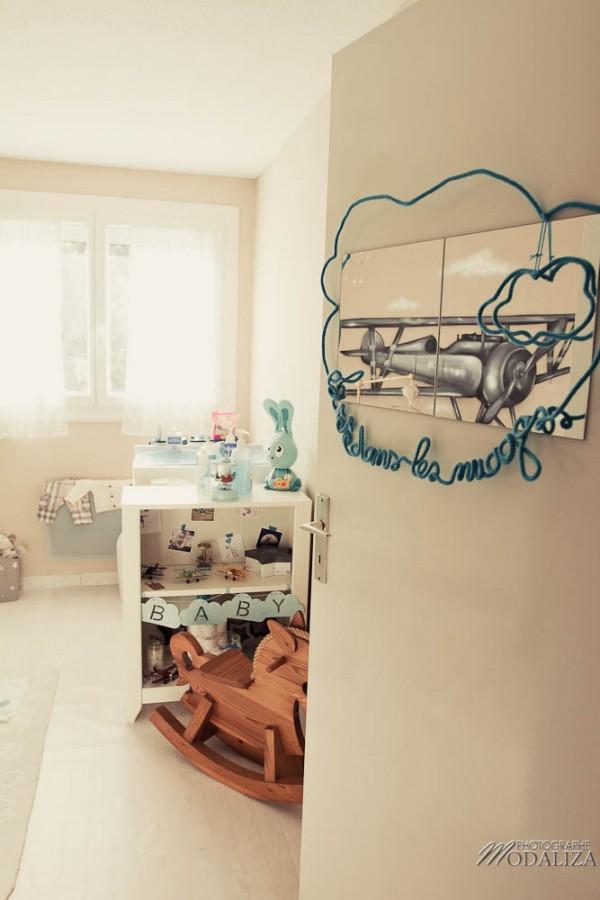 photo chambre bébé avion aviateur etoile nuage bleu moulin roty by modaliza photographe-17