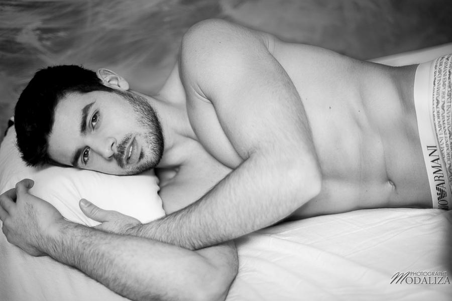 photo portrait fashion man lingerie torse nu mannequin homme sexy lifestyle by modaliza photographe-28
