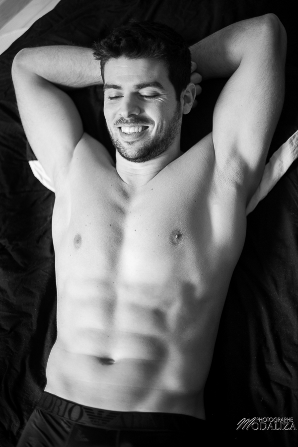 photo portrait fashion man lingerie torse nu mannequin homme sexy lifestyle by modaliza photographe-42