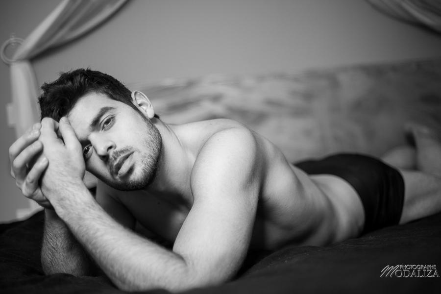 photo portrait fashion man lingerie torse nu mannequin homme sexy lifestyle by modaliza photographe-61