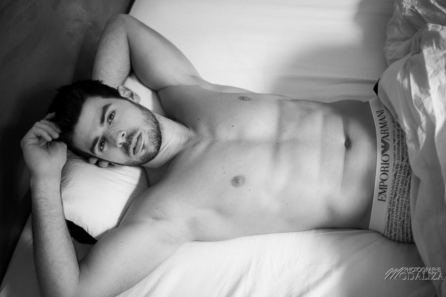photo portrait fashion man lingerie torse nu mannequin homme sexy lifestyle by modaliza photographe-8