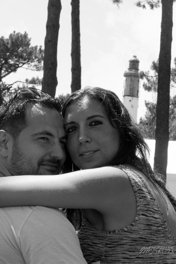 photo love session couple lovers france phare cap ferret basin arcachon nature foret pins by modaliza photographe