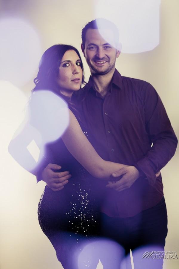 photo couple studio love noel rouge christmas engagement bordeaux gironde by modaliza photographe-10