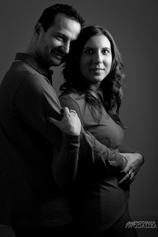 photo couple studio love noel rouge christmas engagement bordeaux gironde by modaliza photographe-24