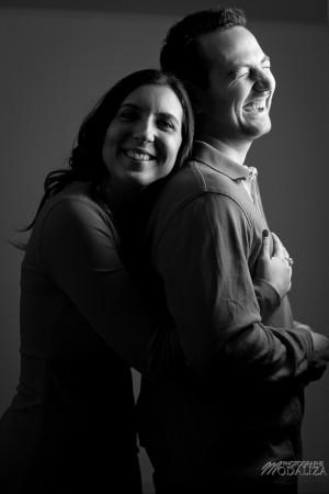 photo couple studio love noel rouge christmas engagement bordeaux gironde by modaliza photographe-26