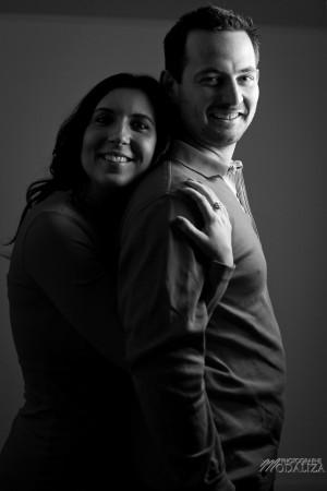 photo couple studio love noel rouge christmas engagement bordeaux gironde by modaliza photographe-27