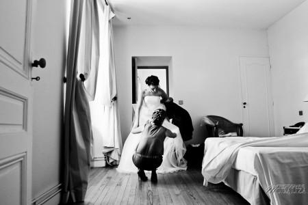 photo mariage preparatifs mariée habillage chateau pey la tour bordeaux gironde by modaliza photographe-88