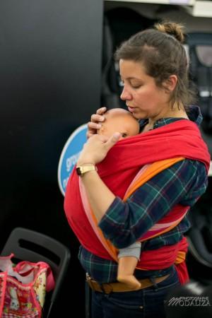 photo reportage atelier portage autour de bébé bordeaux future maman maternité femme enceinte ventre rond grossesse jeune maman mum to be reunion mamans babylonia jpmbb gironde by modaliza photographe-0046