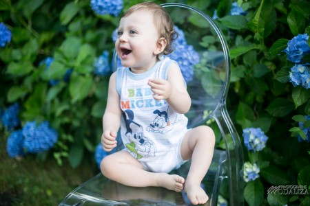 photo baby boy family kid enfant blue flowers bordeaux gironde by modaliza photographe