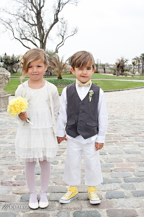 photo cérémonie enfants mariage jaune amour d'enfance little wedding yellow bordeaux chateau pape clement by modaliza -6201
