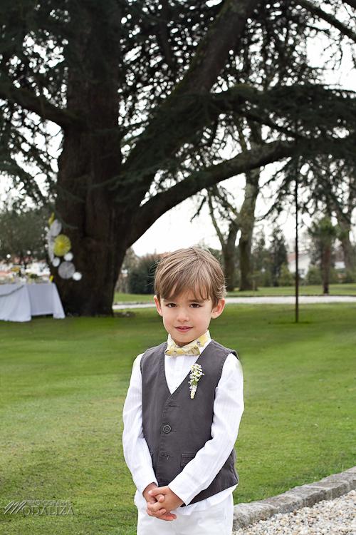 photo cérémonie enfants mariage jaune amour d'enfance little wedding yellow bordeaux chateau pape clement by modaliza -6223