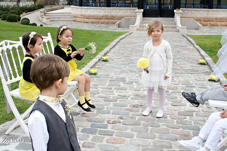 photo child wedding love yellow rustic children campagne chic by modaliza -6184