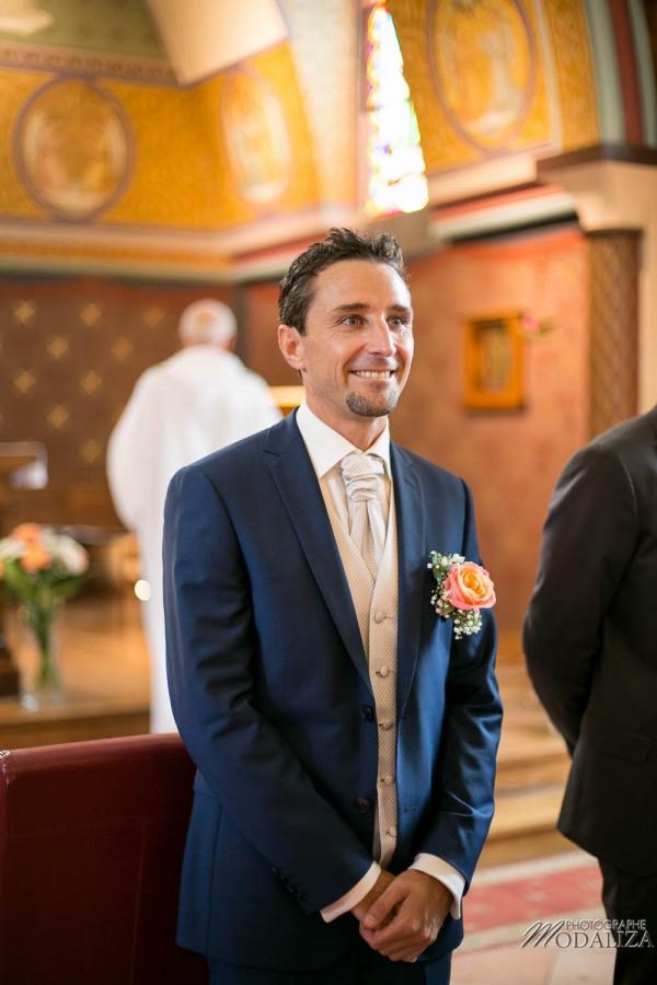 photo mariage arcachon tir au vol eglise le moulleau plage robe de mariée marie viloteau dentelle corail mint by modaliza photographe-5335