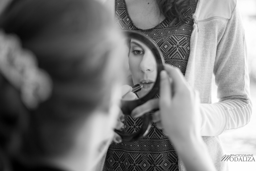 photo reportage mariage bride preparatifs mariee wedding dress lace dentelle cymbeline habillage coiffure makeup la teste bordeaux bassin arcachon by modaliza photographe-2377
