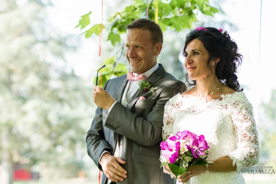 photo reportage mariage wedding lace short dress ribbon ceremonie laique ruban lot et garonne stelsia chateau lalande by modaliza photographe-7821