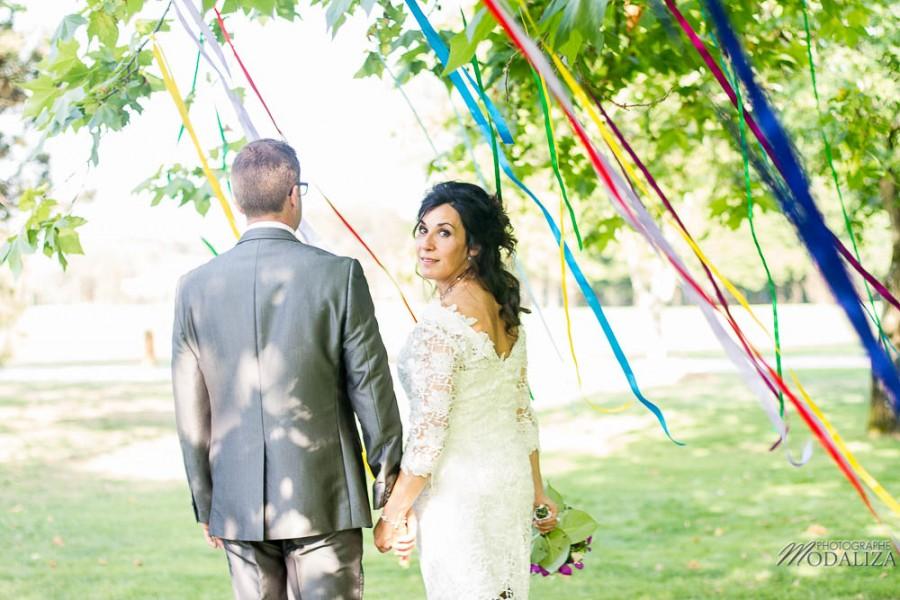 photo reportage mariage wedding lace short dress ribbon ceremonie laique ruban lot et garonne stelsia chateau lalande by modaliza photographe-7869