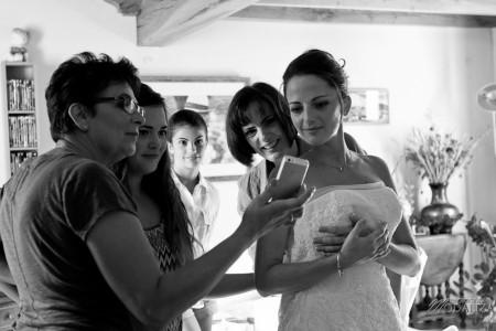 photo mariage preparatifs mariée marié habillage coiffure maquillage makeup hair bride groom novia aquitaine sudouest toulouse by modaliza photographe-9222