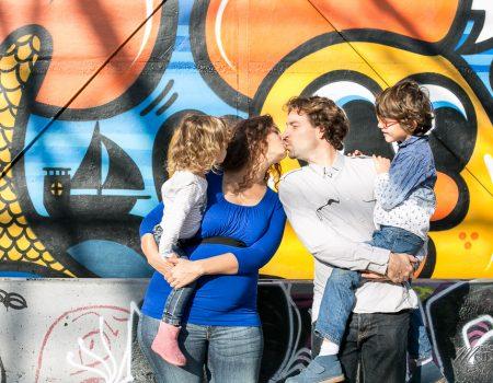 Séance photo famille fun and so love à Bordeaux (+ suprise)