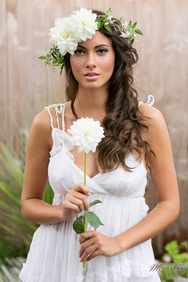 photo shooting inspiration mariage wedding dress lace boho chic boheme dentelle natural couronne fleurs eden fleurs white flowers blanc suany makeup pixie coiffure bride france by modaliza photographe-4751