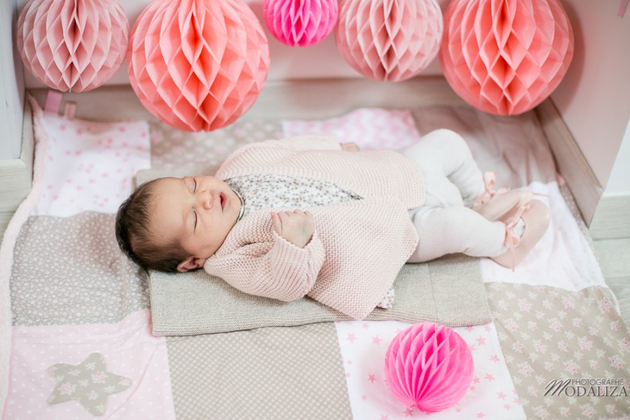 photo newborn baby girl love liberty girly corail pink lovely decor bebe bordeaux france by modaliza photographe-2686