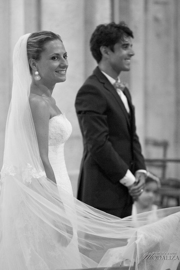 photo mariage eglise st julien beychevelle bordeaux by modaliza photographe-167