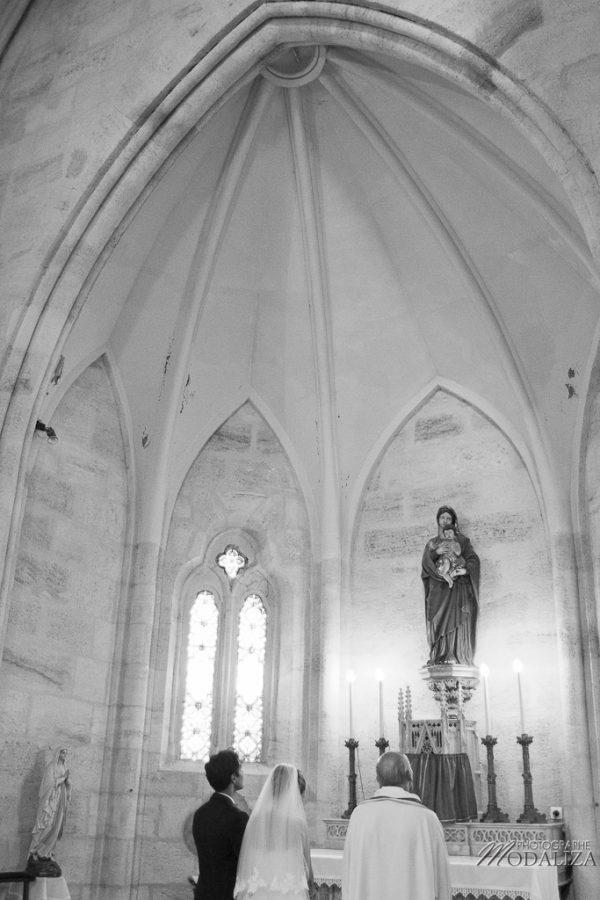 photo mariage eglise st julien beychevelle bordeaux by modaliza photographe-178