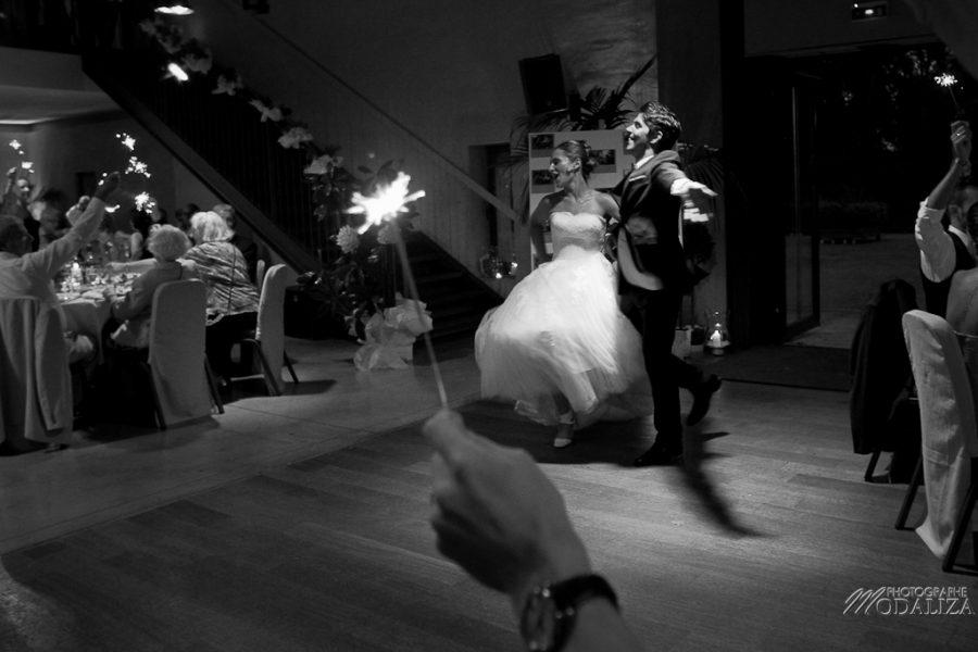 photo mariage soirée entrée des mariés etincelles chateau grattequina bordeaux gironde by modaliza photographe-11