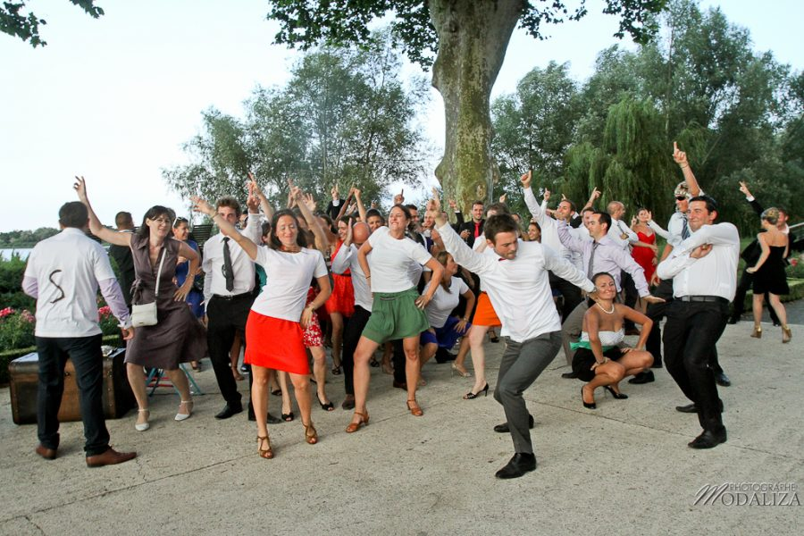 photo mariage surprise invités flash mob by modaliza photographe-1