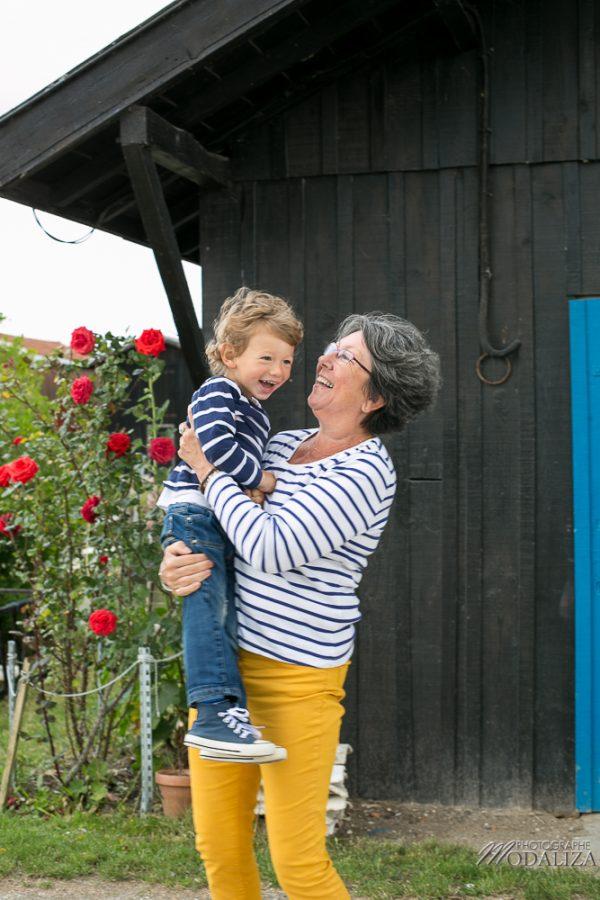 photo-cadeau-portrait-famille-marinieres-fete-des-meres-port-gujan-mestras-arcachon-bordeaux-by-modaliza-photographe-27-sur-152