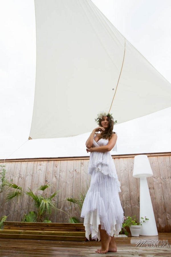 photo shooting inspiration mariage wedding dress boho chic boheme dentelle natural couronne eden fleurs white flowers suany makeup pixie coiffure bride france by modaliza photographe-1017