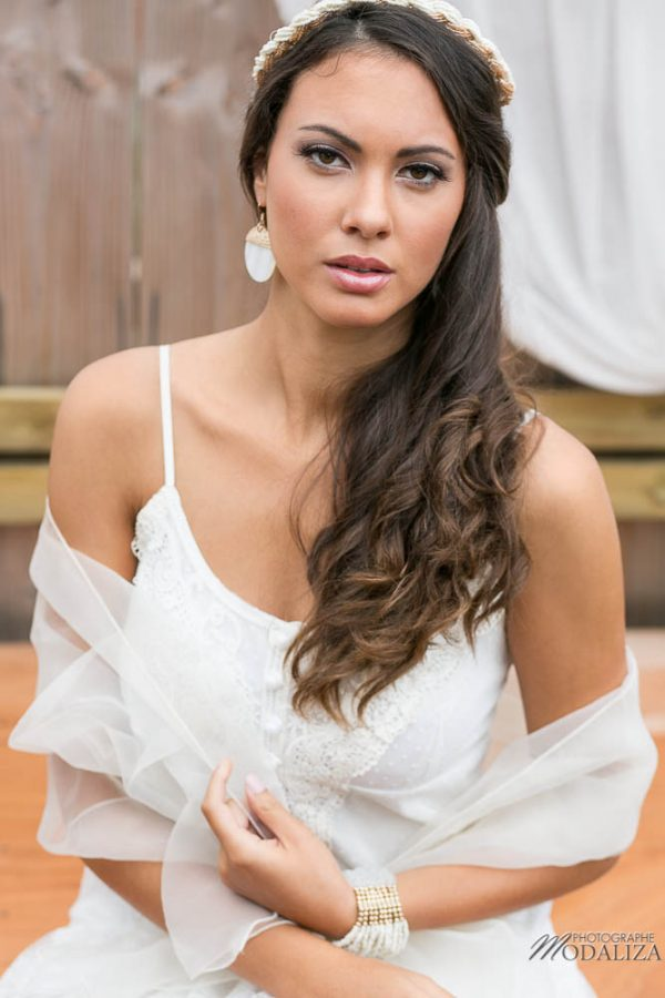 photo Malaurie eugenie shooting inspiration mariage wedding dress lace boho chic boheme dentelle natural eden fleurs white flowers blanc suany makeup pixie coiffure bride france by modaliza photographe-4817