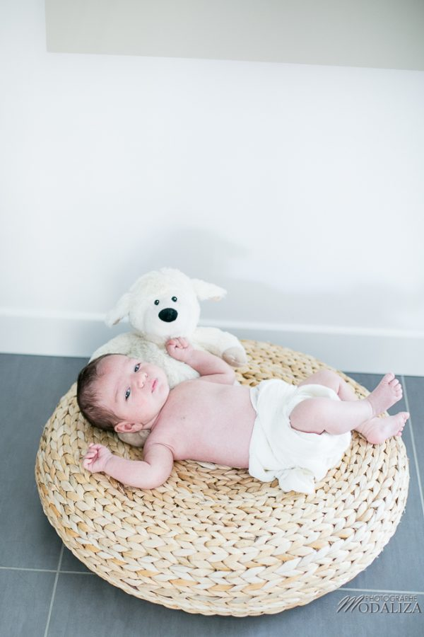 photo-baby-newborn-bebe-famille-domicile-lifestyle-bordeaux-gironde-by-modaliza-photographe-122