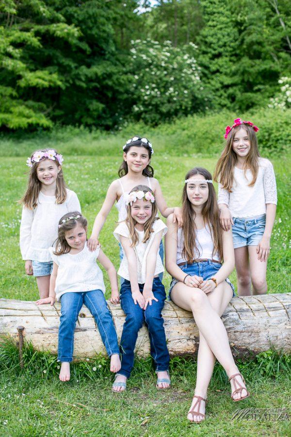 photo-famille-girls-groupe-filles-cousines-soeurs-sisters-family-boheme-parc-green-garden-jardin-bordeaux-by-modaliza-photographe-3919