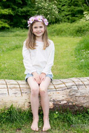 photo-famille-girls-groupe-filles-cousines-soeurs-sisters-family-boheme-parc-green-garden-jardin-bordeaux-by-modaliza-photographe-3988