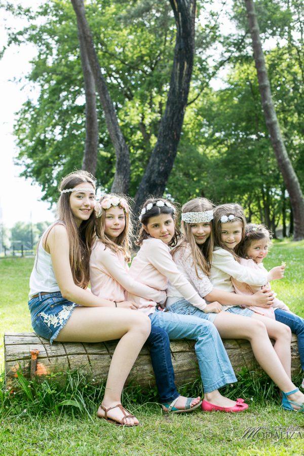 photographe famille girls groupe filles cousines sœurs sisters family boheme parc green garden jardin bordeaux by modaliza photo-4201