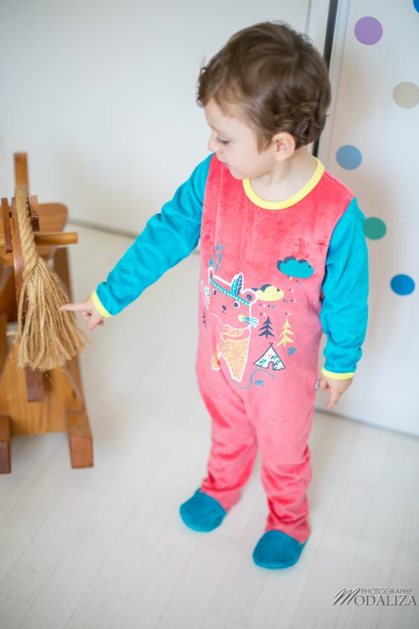photographe-enfant-baby-pijama-petit-beguin-noel-bebe-boy-test-maman-blogueuse-by-modaliza-photo-2