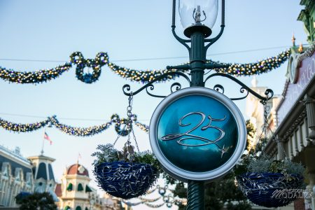 photo disneyland paris noel bleu decembre 2017 2( ans anniversaire disney by modaliza photographe