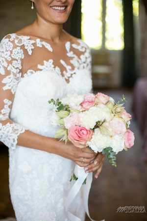 photo mariage wedding preparatifs mariee bride robe dentelle grignols domaine dame blanche gironde by modaliza photographe-224