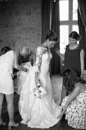 photo mariage wedding preparatifs mariee bride robe dentelle grignols domaine dame blanche gironde by modaliza photographe-242