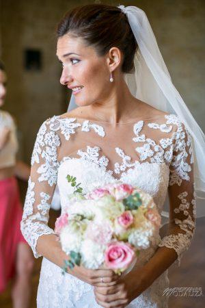 photo mariage wedding preparatifs mariee bride robe dentelle grignols domaine dame blanche gironde by modaliza photographe-273