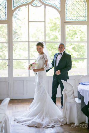 photo mariage wedding preparatifs mariee bride robe dentelle grignols domaine dame blanche gironde by modaliza photographe-284