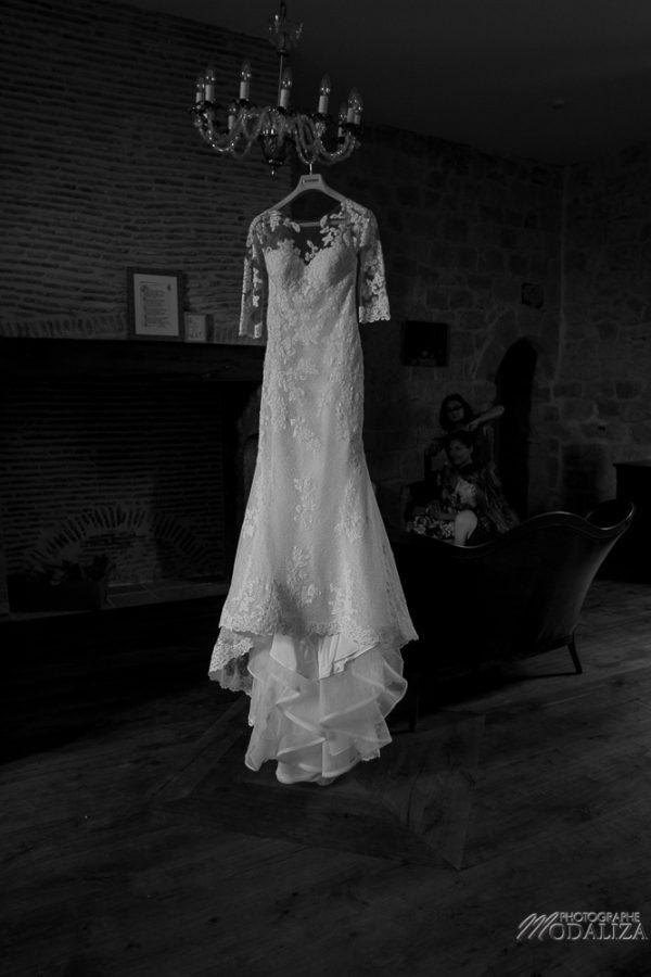 photo mariage wedding preparatifs mariee bride robe dentelle grignols domaine dame blanche gironde by modaliza photographe-44