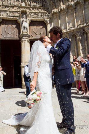 photo mariage wedding robe dentelle eglise church cathedrale bazas gironde by modaliza photographe-351