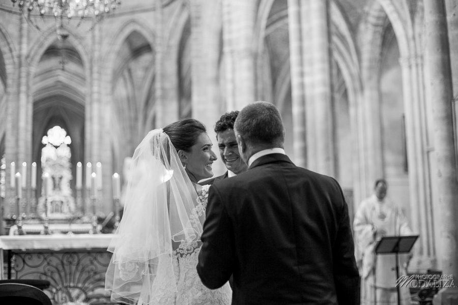 photo mariage wedding robe dentelle eglise church cathedrale bazas gironde by modaliza photographe-72